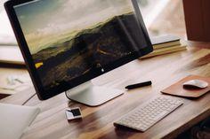 """Apple: tra le novità anche un iMac da 5mila dollari https://www.sapereweb.it/apple-tra-le-novita-anche-un-imac-da-5mila-dollari/        Apple, presentate le novità: tra queste anche un Mac da 5mila dollari LaWWDC17 di Apple – tenutasi alMcEnery Convention Center di San Jose – ha portato con sé numerose novità per tutti gli amanti del marchio della """"mela morsicata"""". Nonostante la conferenza più attesa sia quella di..."""