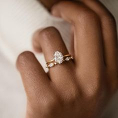 Dream Engagement Rings, Oval Gold Engagement Ring, Wedding Bands, Gold Band Wedding Rings, Pretty Wedding Rings, Wedding Ring Styles, Pretty Rings, Dream Ring, Just In Case