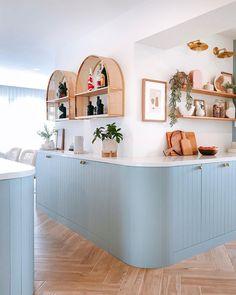 Quirky Kitchen, Kitchen Decor, Kitchen Ideas, Bright Kitchens, Home Kitchens, Interior Design Kitchen, Home Decor Inspiration, Decoration, Rattan