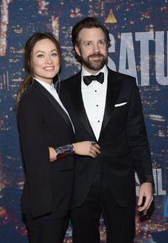 Pin for Later: Saturday Night Life rief und die Stars kamen in Scharen Jason Sudeikis und Olivia Wilde