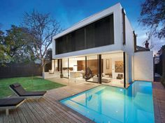 Surprising Merger: Edwardian Home and Cutting Edge Extension in Melbourne  #architecture