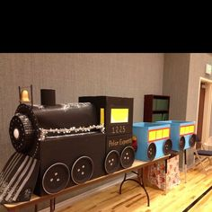 how to make a polar express train from cardboard boxes Polar Express Christmas Party, Ward Christmas Party, Christmas Train, Office Christmas, Kids Christmas, Christmas Projects, Christmas 2019, Polar Express Theme, Polar Express Train