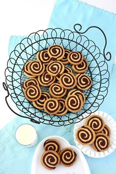 SugaryWinzy Chocolate Pinwheel Cookies21