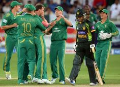 Watch Latest Video, Games and Pictures Online : Watch Abdul Razzaq_s priceless reaction to first ball dismissal wh online