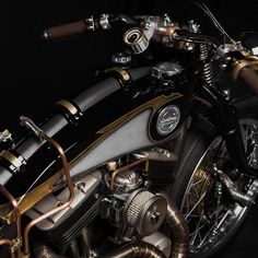 "Harley Sportster 883 ""Opera"":: South Garage. | 8negro"