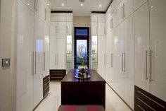 Photos by Grant Pitcher South Africa - This is what they mean when they say walk in closet ; Closet Designs, Bedroom Designs, Book Design, Design Ideas, Walk In Closet, Closet Ideas, South Africa, Projects To Try, Bedroom Decor