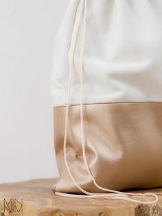 bronze Turnbeutel aus Leder // leather gymbag via DaWanda.com