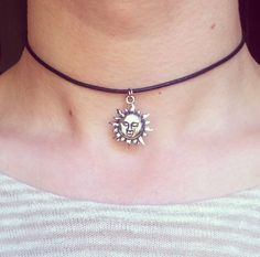 The Leon Sun Choker - Grunge Large Silver Necklace on Etsy Grunge Look, 90s Grunge, Grunge Style, Soft Grunge, Grunge Outfits, Grunge Fashion, Silver Jewelry Box, Black Gold Jewelry, Charm Jewelry