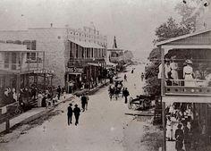 Main Street Braidentown in 1904. Photo credit Manatee County Historical Society.