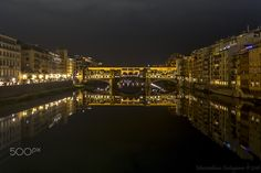 Ponte vecchio - There is a most amazing place such Ponte Vecchio in which buy two wedding rings?