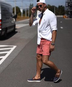 11 Best Mens Fashion Tips To Elevate Your Style! 11 Best Mens Fashion Tips To Elevate Your Style! Summer Swag Outfits, Mens Fashion Summer Outfits, Best Mens Fashion, Mens Fashion Suits, Casual Outfits, Holiday Outfits, Men's Summer Clothes, Mens Cruise Outfits, Casual Shorts Outfit