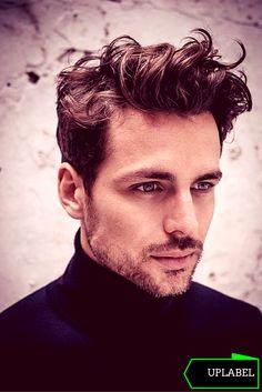 #corte #cabelo #ondulado #com #volume #homens #estilo #Pompadour #Haircut #uplabel