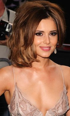 Cheryl Cole& Hairstyle At The Women Of The Year Awards, 2010 Cheryl Cole Hair, Cheryl Ann Tweedy, Cheryl Fernandez Versini, Jenner Makeup, Light Brown Hair, Celebs, Celebrities, Most Beautiful Women, Beautiful Actresses
