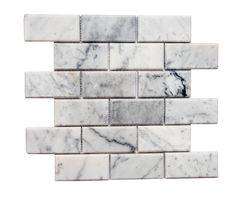 Love our gorgeous marble! Marble Mosaic, Mosaic Tiles, Mosaics, White Marble Kitchen, House Tiles, Beautiful Textures, Bathroom Inspiration, Santorini, Backsplash