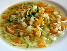 Hovězí vývar v pomalém hrnci Crockpot Recipes, Cooking Recipes, Multicooker, Thai Red Curry, Slow Cooker, Food And Drink, Beef, Chicken, Ethnic Recipes