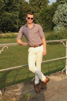 Nick Spensley Executive Fashion Director at MFW SS17  Persol sunglasses Marni shirt J Crew trousers Fendi shoes