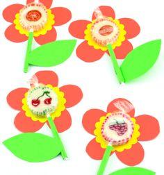 Sweet spring lollipop flowers - easy and fun party favor // Tavaszi virág nyalóka színes papírból - kreatív ajándék ötlet // Mindy - craft tutorial collection