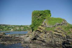 Knock Castle by Leslie Barrie - near to Teangue/An Teanga, Highland, Great Britain