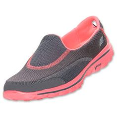 Sketchers go walk 2 two tone. Sketchers Go Walk, Sketchers Shoes Women, Boots With Leg Warmers, Baskets, Shoe Boots, Shoes Sandals, Rubber Shoes, New Shoes, Pink Shoes