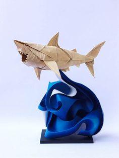 Les magnifiques créations origami du paper artist vietnamien Nguyen Hung Cuong, basé à Hanoi, qui réalise des animaux et des insectes avec une précision remarquable. Les créations de Nguyen Hung Cuong, qui a commencé les origami dès l'âge de cinq ou six ans, étonnent par l'énergie qui se dégage de ses animaux de papier ! Via uFunk.net