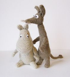 Crochet Moomin and Sniff Cute Crochet, Crochet Crafts, Easy Crochet, Crochet Projects, Knit Crochet, Sewing Projects, Knitted Dolls, Crochet Dolls, Les Moomins