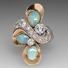 VINTAGE DIAMOND & OPAL COCKTAIL RING 14K GOLD