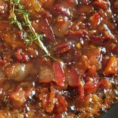 Bacon Jam Recipe perfect for sandwiches, burgers, pancakes, cheese, bread, biscuits and so much more. Even better off the spoon!