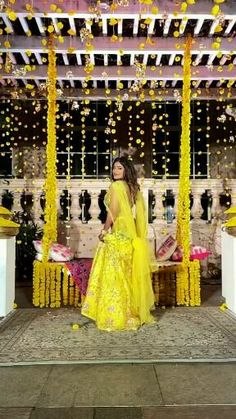 Cute Love Songs, Beautiful Songs, Lehnga Dress, Lehenga, Indian Wedding Songs, Wedding Dance Video, Cute Poses For Pictures, Jumpsuit Dressy, Dress Indian Style