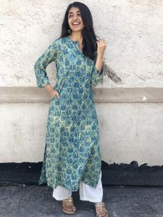 An easy breezy kurta handcrafted to perfection, is comforting and breathable. Wear it at office or as a casual day wear dress and feel comfortable the entire day! Simple Kurta Designs, Kurti Neck Designs, Kurta Designs Women, Kurti Designs Party Wear, Long Kurta Designs, Dress Indian Style, Indian Dresses, Indian Outfits, Ethnic Outfits