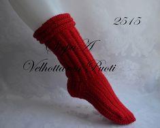 Ravelry: Woolen socks - straight pattern by SirpaA Velhottaren Puoti Woolen Socks, Long Legs, Leg Warmers, Ravelry, Knit Crochet, Stockings, Knitting, Mall, Crochet Patterns