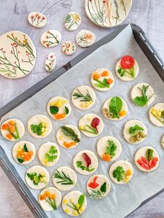 The viral floral focaccia inspired by my ceramic botanical dishes – Ceramics By Orly Bread Art, Cooking Recipes, Healthy Recipes, Cooking Tips, Food Garnishes, Snacks Für Party, Galette, Vegan Baking, Appetizer Recipes