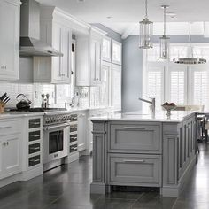 Light Gray and white Custom home - transitional - Kitchen - New York - Durso Construction Management Grey Kitchen Island, Gray And White Kitchen, Grey Kitchen Cabinets, White Cabinets, Gray Island, Upper Cabinets, Grey Kitchens, Home Kitchens, Grey Kitchen Designs