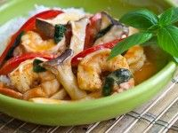 Thai Shrimp Curry Recipe - 10 Minutes | Steamy Kitchen Recipes