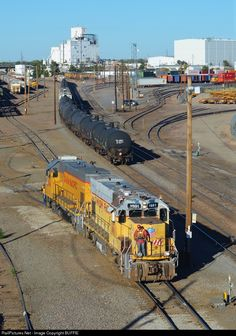 Railroad Pictures, Union Pacific Railroad, Railroad Photography, Old Trains, Train Engines, Rolling Stock, Diesel Locomotive, Take Me Home, Denver Colorado