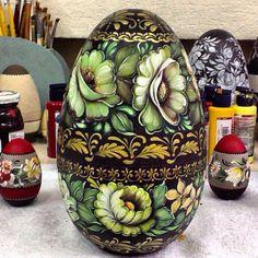 Zhostovo ovo em madeira  Mundo da Arte Atelier