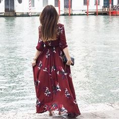 Dress in Venice, Lena Terlutter, maxi dress, flowers, water, red, good times, style, fashion