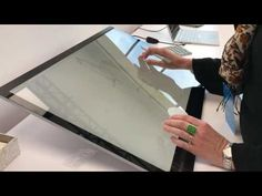 Microsoft Surface Studio and Surface Dial making art: a first look in NY - http://eleccafe.com/2016/10/26/microsoft-surface-studio-and-surface-dial-making-art-a-first-look-in-ny/