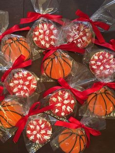 Basketball Cheer Banquet - See more of our cookies at http://www.ctcookietreats.com