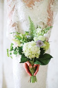 Victorian botanical shoot | Photo by http://heatherrothphotography.com Floral design by http://lesbouquets.com