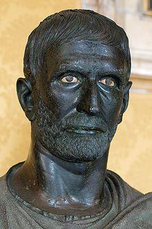 Brutus du Capitole», bronze romain de l'époque républicaine, ive‑iiiesiècleav.J.‑C. Musées du Capitole,