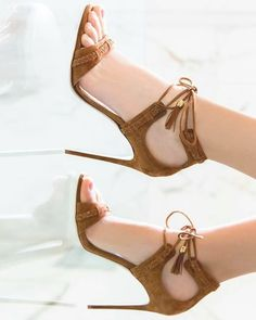 Brown high heel shoes for teen agers Cute Heels, Lace Up Heels, Pumps Heels, Stiletto Heels, Heeled Sandals, Stilettos, Pretty Shoes, Beautiful Shoes, High Heel Boots