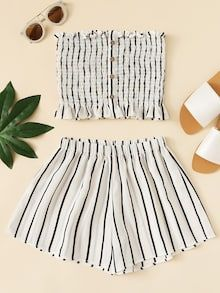 Shop Frill Trim Striped Tube Top With Shorts online. SheIn offers Frill Trim Striped Tube Top With Shorts & more to fit your fashionable needs. Teenage Outfits, Teen Fashion Outfits, Outfits For Teens, Girl Fashion, Girl Outfits, Fashion Black, Tube Top Outfits, Two Piece Outfits Shorts, Cute Casual Outfits