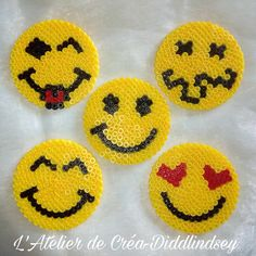 Funny smiley coasters in beads Hama midi - Laura Choupeaux - arabic styla Perler Beads, Mini Hama Beads, Hama Mini, Perler Bead Art, Fuse Beads, Melty Bead Patterns, Pearler Bead Patterns, Perler Patterns, Beading Patterns
