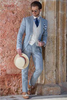 Abito estivo moda sposo millerighe di cotone blu su fondo bianco. Completo  ONGala 2197. 3ac6a0b9b56