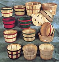 Source to buy baskets for fresh produce display at the farmers' market  ||  hubert.com