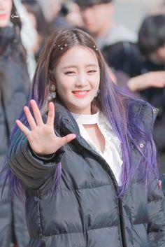 Kpop Girl Groups, Korean Girl Groups, S Girls, Kpop Girls, Fandoms, Cube Entertainment, Soyeon, Queen, Minnie
