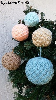 If you are a crochet lover, you can consider making some Christmas Crochet ornaments by yourself. We especially like Crochet ornaments. It must be very nice and unique to hang our own Crochet Christmas Baubles on our Christmas tree. In this article, Crochet Christmas Decorations, Crochet Ornaments, Christmas Crochet Patterns, Holiday Crochet, Christmas Baubles, Crochet Decoration, Christmas Tree, 242, Yarn Crafts