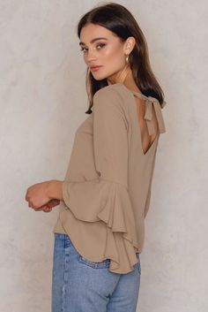 Flounced Sleeve V-Neck Blouse - Buy online | NA-KD