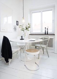 White floor ❥