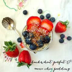 Raw Buckwheat Parfait with Maca Chia Pudding - superfood vegan breakfast! so good for you and delicious - Peaceful Dumpling